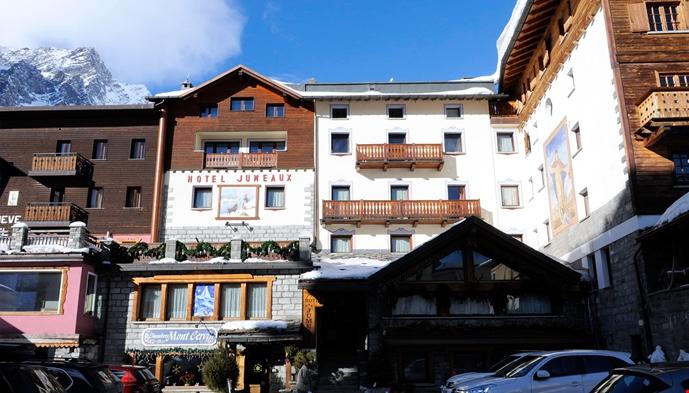 Hotel jumeaux sts alpereiser for Hotel meuble furggen